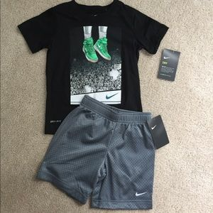 4T Nike Basketball outfit NWT
